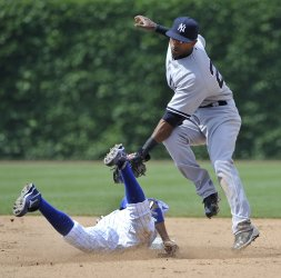 Yankees' Nunez tags out Cubs' Campana in Chicago