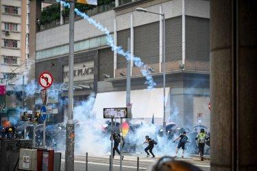 Police Fire Tear Gas in Hong Kong