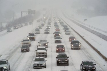 St. Louis Hit With Eight Inches Of Snow
