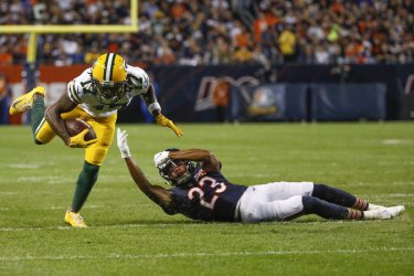 Packers Davante Adams is tackled in Chicago