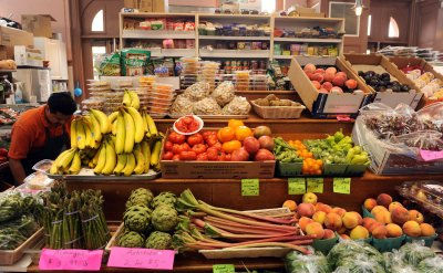 Cabinet officials discuss food safety in Washington