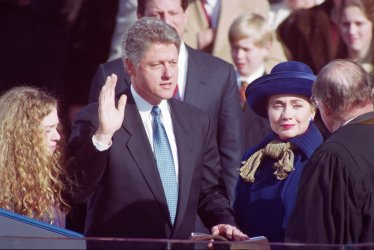 Bill Clinton sworn in as President of United States