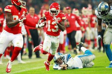 Kansas City Chiefs WR De'Anthony Thomas runs against Lions