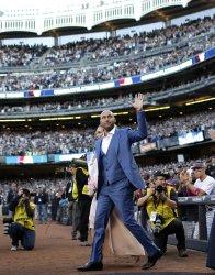 Yankees Derek Jeter has his No. 2 retired at Yankee Stadium