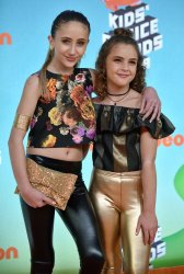 Ava and Lexy Kolker attend Kids' Choice Awards 2019