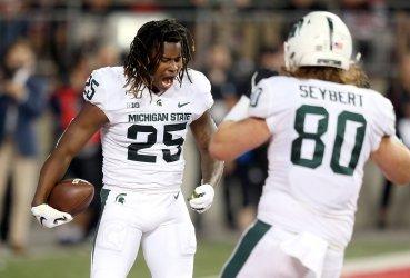 Spartans Stewart celebrates touchdown catch against Buckeyes