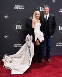 Blake Shelton and Gwen Stefani attend E! People's Choice Awards in Santa Monica
