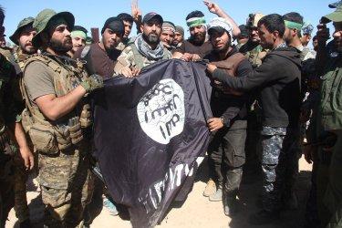 Iraqi Forces Close in on Fallujah