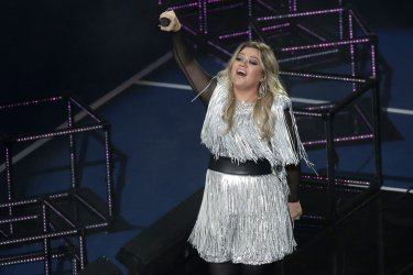 Kelly Clarkson performs at the US Open
