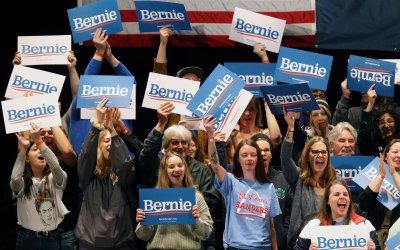 Bernie Sander makes campaign stop in St. Louis