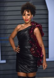 Kerry Washington attends the Vanity Fair Oscar Party in Beverly Hills