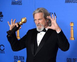 Jeff Bridges receives Cecil B. Demille Award at Golden Globes