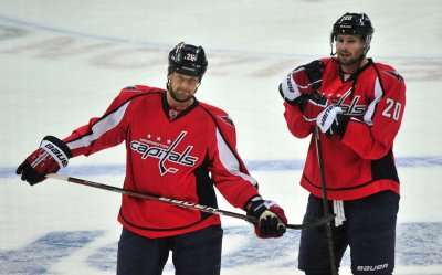 Capitals' Matt Hendricks and Troy Brouwer in Washington