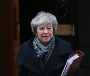 Theresa May leaves No.10 Downing St for Houses of Parliament.
