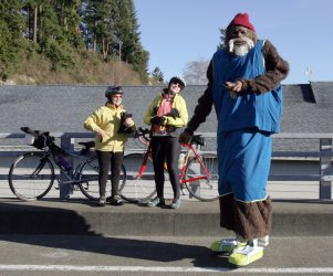 31st Annual Polar Bear Jump attracts jumpers from across Washington State to Olalla.
