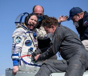 Expedition 64 Landing in Kazakhstan