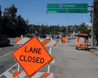 Ramps close in preparation for Interstate 405  53 hour shutdown in Los Angeles