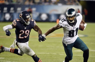 Eagles' Matthews ices game against Bears with 7-yard first down run in Chicago