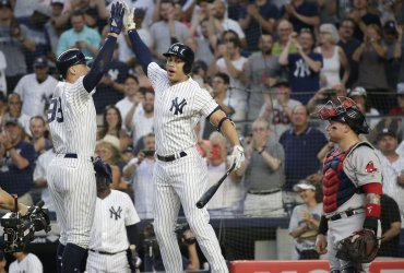 New York Yankees Aaron Judge hits a home run
