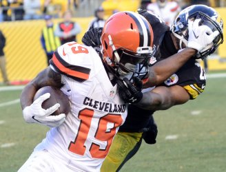 Steelers Mike Mitchell Receives Face Mask Penalty