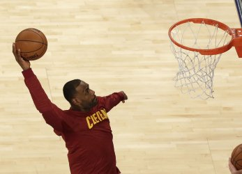 Cleveland Cavaliers LeBron James dunks the basketball