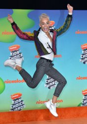 Frankie Grande attends Kids' Choice Awards 2019