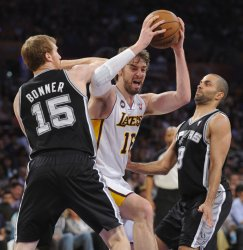 Los Angeles Lakers vs San Antonio Spurs Game 4 NBA Western Conference Playoffs in Los Angeles