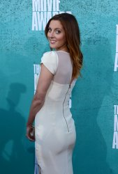 Eva Amurri Martino arrives at the 2012 MTV Movie Awards in Universal City, California