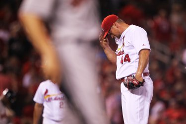 St. Louis Cardinals Trevor Rosenthal walks Houston Astros in ninth inning