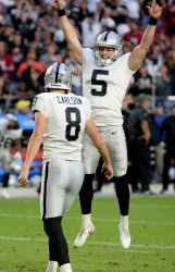 Raiders' Townsend reacts to Carlson's game winning field goal