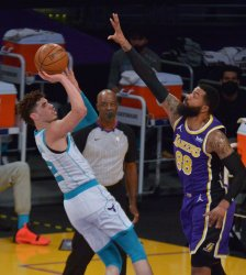 LeBron James' 37 Points Help Lakers Beat Hornets and LaMelo Ball
