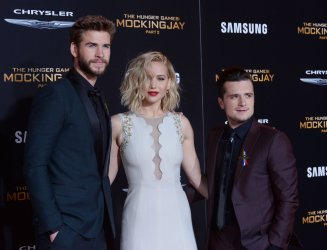 """Hemsworth, Lawrence and Hutcherson attend """"The Hunger Games: Mockingjay - Part 2"""" premiere in Los Angeles"""