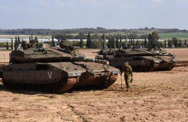 An Israeli Soldier Works On Tanks On Israel-Gaza Border