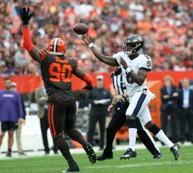 Ravens Jackson throws a pass against Browns