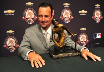 Tim Wakefield is the recipient of the 2010 Roberto Clemente Award