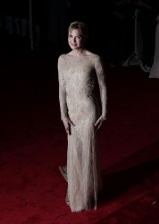 Renee Zellweger arrives at the Costume Institute Gala Benefit in New York