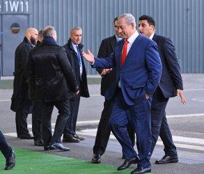 Benjamin Netanyahu Arrives at Opening of UN Climate Summit Near Paris