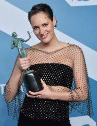 Phoebe Waller-Bridge wins award at the 26th annual SAG Awards in Los Angeles