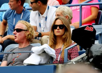 Kim Sears watches Andy Murray take on Florian Mayer at the U.S. Open in New York