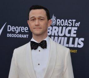 "Joseph Gordon-Levitt  attends the Comedy Central  ""Roast of Bruce Willis"" in Los Angeles"