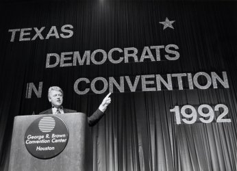 Democratic presidential candidate Bill Clinton campaigns in Texas