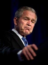 Bush speaks on anniversary of Iraq war start at Pentagon