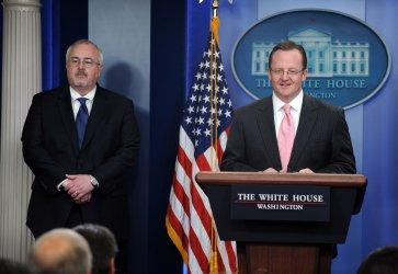 Press Secretary Gibbs, FEMA Admin. Fugate discuss disaster responses at White House
