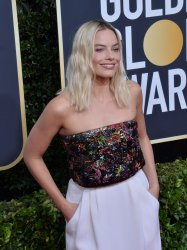 Margot Robbie attends the 77th Golden Globe Awards in Beverly Hills