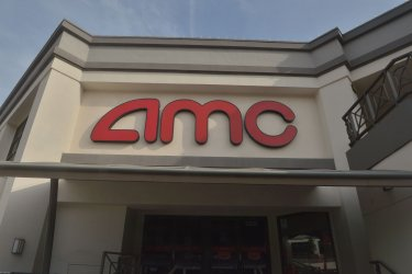AMC and Cinemark Theaters to Reopen in Los Angeles