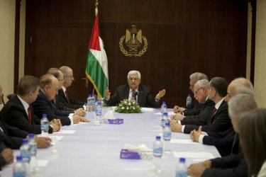 Palestinian Unity Government Meets on the West Bank