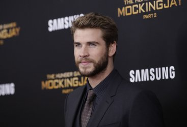Liam Hemsworth at 'The Hunger Games Mockingjay Premiere