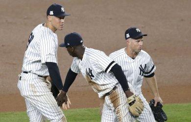 New York Yankees Didi Gregorius and Aaron Judge celebrate