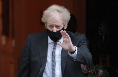 Boris Johnson leaves No.10 after Brexit Vote debate