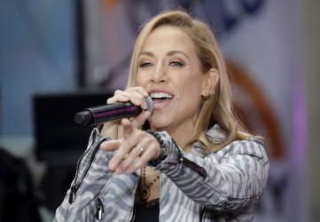 Sheryl Crow perfomrs on NBC Today Show in New York